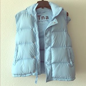 The SUPER PUFF VEST by TNA